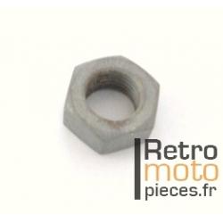 Ecrou diamètre 9,5mm au pas de 100 SoleX